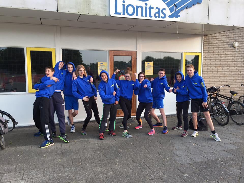 Nieuw Clubtenue Junioren Lionitas. Foto Tjeerd van der Meulen.